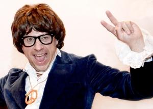Faux Austin Powers © Les Décalés